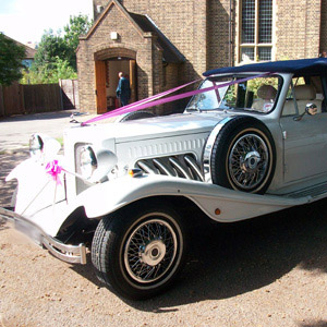 Hinckley Beauford Wedding Car